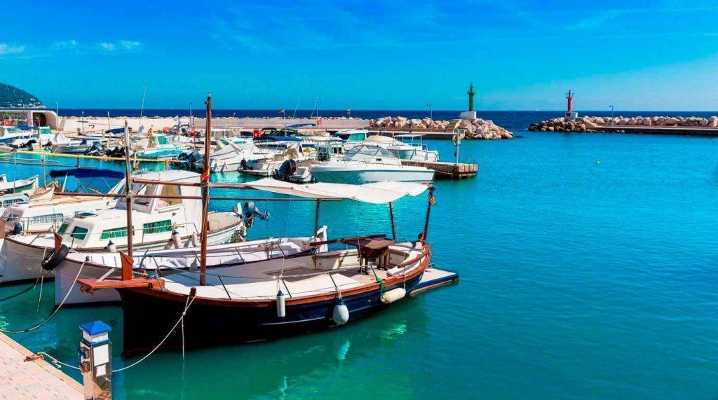 Puerto deportivo Cala Bona