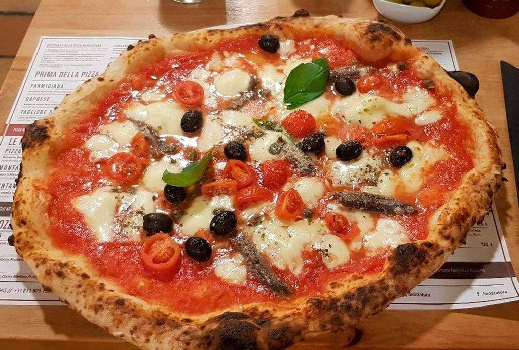 una pizza de la pizzeria Mozzatura de palma