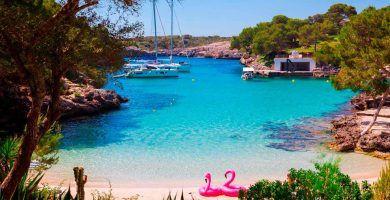 playa de Cala Mitjana en Felanitx, Mallorca