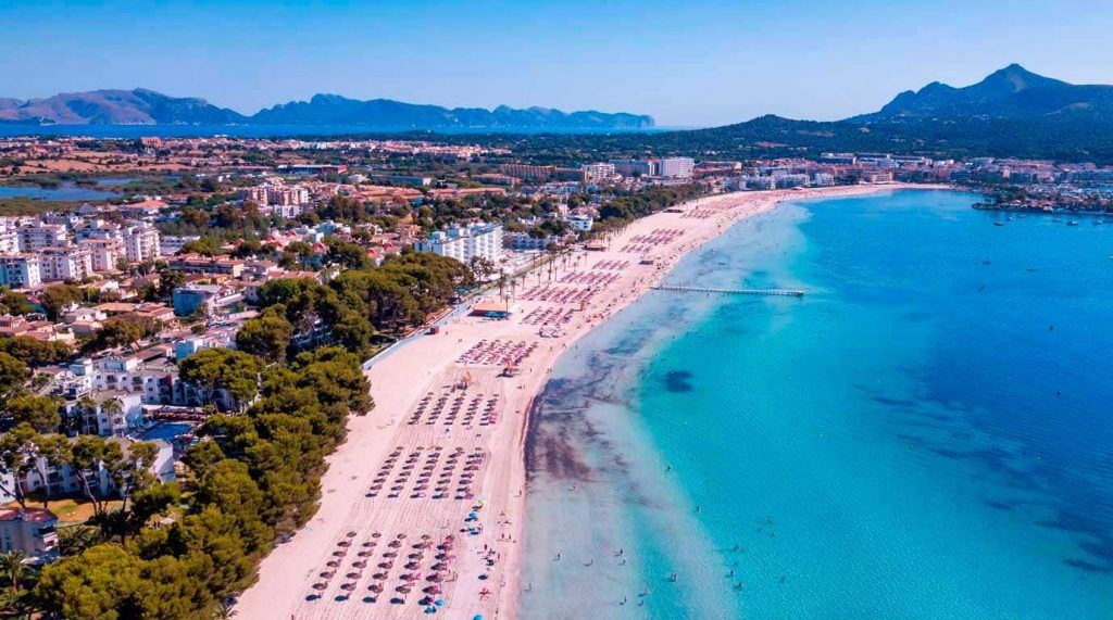 vista aérea de la playa de Alcudia