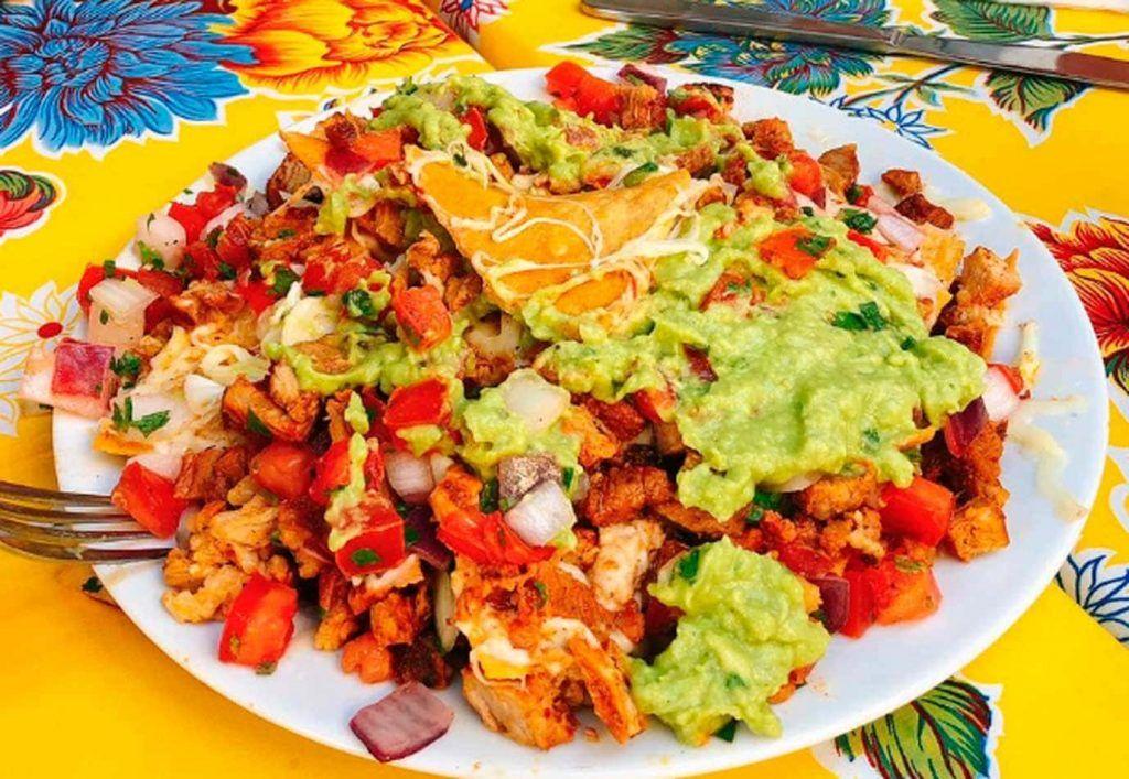 un plato del restaurante mexicano el Yucateco Pelana