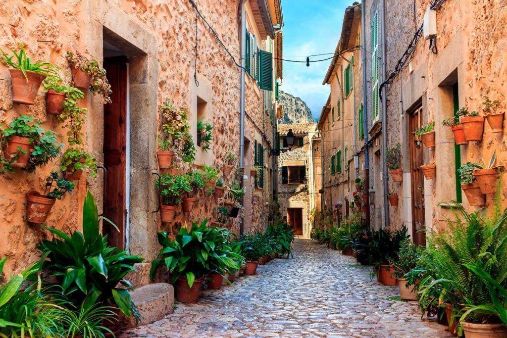 calle en Valldemossa, Mallorca