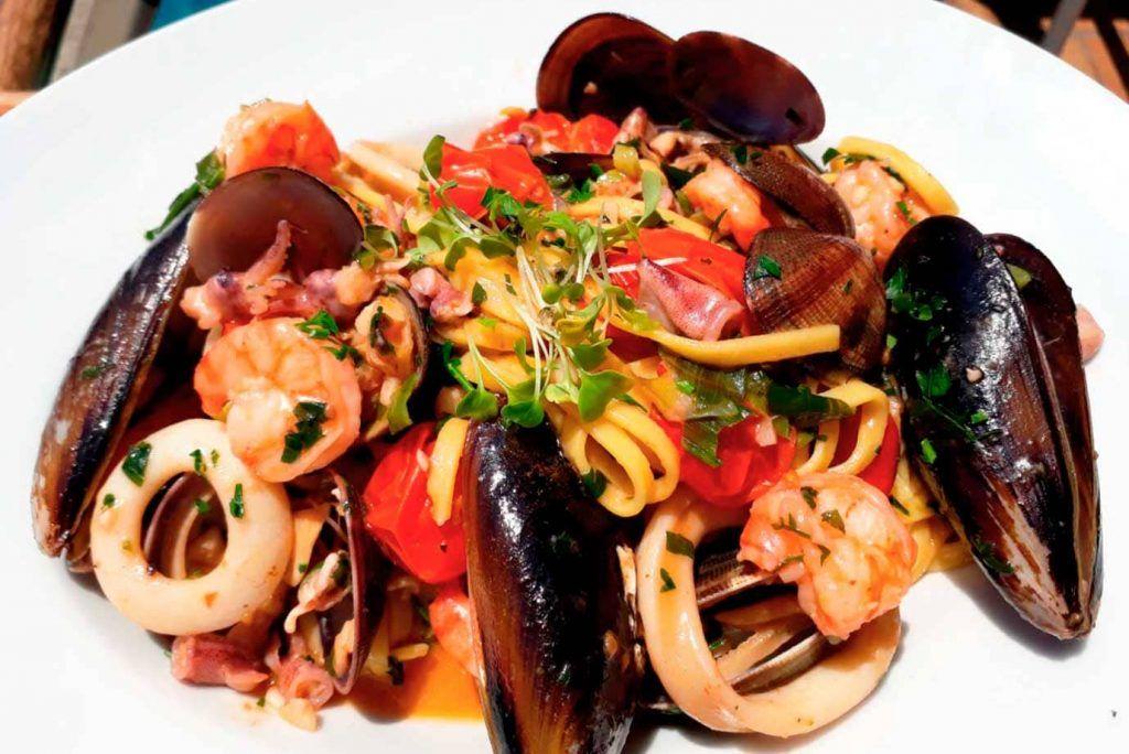 Quince-Restaurante-&-Cantina-porto-cristo